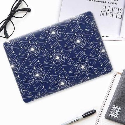 Casetify iPhone・スマホケース ★Casetify★MacBookケース*Navy blue white hand drawn floral(2)