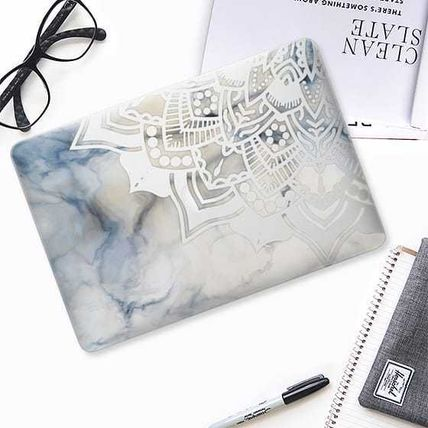 Casetify スマホケース・テックアクセサリー ★Casetify★MacBookケース*Laser cut mandala on white marble3(2)