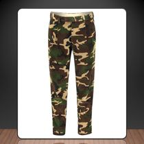Moncler**Corduroy chinos pants with camouflage print