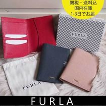 国内在庫・即納可能 FURLA Linda S Passport Holder