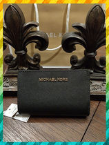 国内発IDケース付折財布Michael Kors★BIFOLD ZIP COIN WALLET