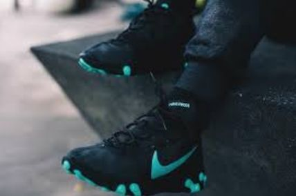 Nike スニーカー 入手困難!Nike ナイキ  React Element 55  Black Aurora Green(7)