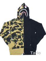 A BATHING APE(アベイシングエイプ) パーカー・フーディ 送料込!A BATHING APE 1ST CAMO HALF SHARK FULL ZIP HOODIE XL