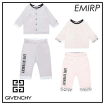 GIVENCHY☆LOVE GIVENCHYロゴBaby上下セットアップ