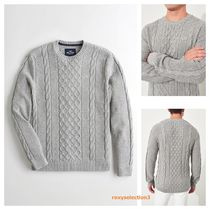 【Hollister】Cable Crewneck Sweater メンズセーター