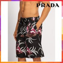 【関税込◆国内発送】PRADA◆Hawaiian-print swim shorts