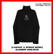 I AM NOT A HUMAN BEING(ヒューマンビーイング) Tシャツ・カットソー ★韓国の人気★【I AM NOT A HUMAN BEING】★RAINBOW MOK NECK★