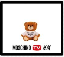 MOSCHINO H&M/MOSCHINO コラボMoschino [tv] phone case