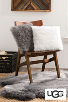 SALE☆UGG(アグ)☆Cashmere Faux Fur Pillow 2色