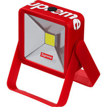 【WEEK12】SUPREME(シュプリーム) MAGNETIC KICKSTAND LIGHT