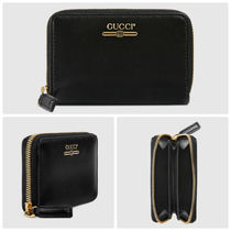 GUCCI  Zip card case with Gucci logo
