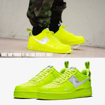 NIKE★AIR FORCE 1 '07 LV8 UTILITY VOLT★ロゴ★蛍光イエロー系