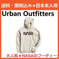 Urban Outfitters(アーバンアウトフィッターズ) パーカー・フーディ 日本未入荷 Urban Outfitters 絶対欲しい!NASAパーカー