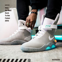 人気レア!Nike Air MAG Back To the Future 2016
