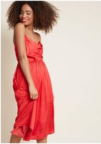 glamorous guest midi dress in red