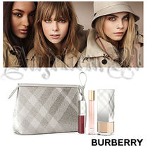 【Burberry 】USA X'mas限定!Festive Beauty Pouch 3点セット