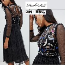 frock & frill(フロックアンドフリル) ワンピース Frock And Frill galacticスタープリントミデイドレス