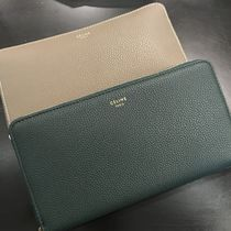 送料無料【CELINE】完売前に♪LARGE ZIPPED Multifunction
