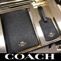 Coach ◆パスポートケース ◆ギフトボックス 送料込み/関税込み