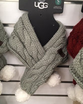 [セール]UGG☆SHERPA PET CABLE KNIT SCARF IN GREY☆マフラー