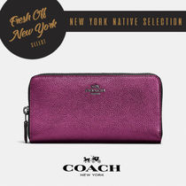 COACH 新作メタリックCollection!