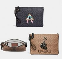 Coach ◆ 46296 Viper room turnlock pouch in signature canvas