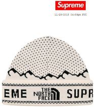 FW18 Week15 / Supreme The North Face / Fold Beanie / White