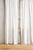 【Anthropologie】Embroidered Lacina White カーテン