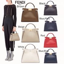 新作【FENDI】PEEKABOO ESSENTIAL レザーバッグ