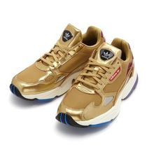 国内配送 adidas Originals WMNS FALCON METALLIC GOLD