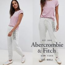 Abercrombie & Fitch ロゴスリムフィットジョガー