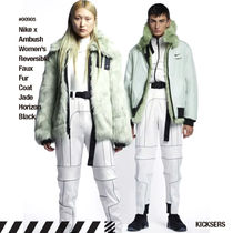 人気話題!Nike x Ambush Wmns Reversible Faux Fur Coat White