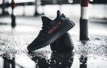 adidas Kanye West コラボ Yeezy Boost 350 V2 Black Red CP9652