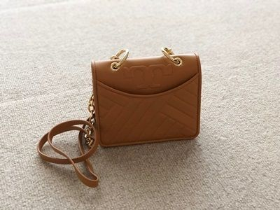 【国内発送最短1日!】TORY BURCH ALEXA MINI SHOULDER BAG