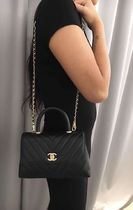 再入荷が嬉しい★2019CHANEL★Coco Handle CHEVRON mini BLK