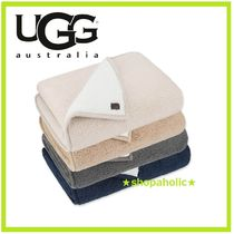 UGG☆Classic Sherpa Throw Blanket☆ロゴ入りブランケット