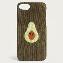 Urban Outfitters コーデュロイ素材 アボカド iPhoneケース