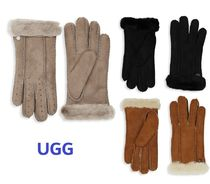 Sale! UGG Perforated Gloves シープスキン手袋