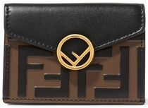 ★関税負担★FENDI★EMBELLISHED EMBOSSED LEATHER WALLET