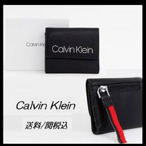 【Calvin Klein】fold over logo purse ストラップ付 ロゴ 財布