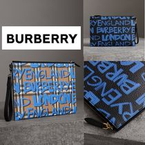 ★Burberry★落書きプリント★ レザークラッチバッグ★