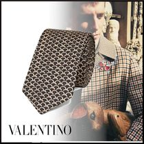 ★VALENTINO★VALENTINOロゴ STAIRCASEプリントネクタイ