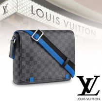 Louis Vuitton 19Cruise【直営店】DISTRICT PM ショルダーバッグ