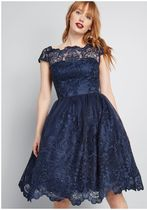 chi chi london exquisite elegance lace dress in midnight