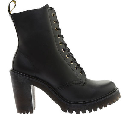 Dr Martens ショートブーツ・ブーティ 【SALE】Dr. Martens Kendra 10-Eye Bootie (Women's)(2)