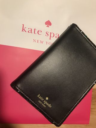 kate spade new york パスポートケース・ウォレット 即発送 from NY ★ ケイトスペード  パスポートケース