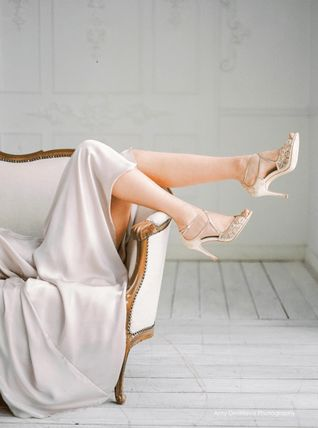 BHLDN ウェディングシューズ BHLDN取扱いBella Belle★EMBROIDERED GOLD LACE WEDDING SHOES(4)