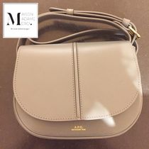 【A.P.C.】ショルダーバッグ♪《Betty》BEIGE NATURAL◆追跡付!