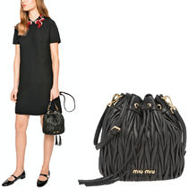 MM724 MATELASSE BUCKET BAG