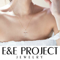 E and E PROJECT(イーアンドイープロジェクト) ネックレス・ペンダント 【送関込・国内発送】E&E PROJECT★ クロスチャームネックレス